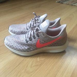 Nike Pegasus 35 Women's Running Shoes 7 Lilac